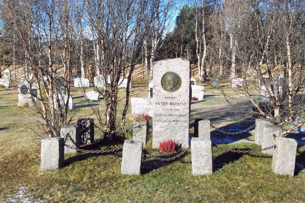 Dalen Kyrkjegard – Kirkegård4